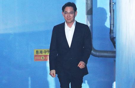 Глава южнокорейской корпорации Samsung Electronics Ли Чжэ Ен.