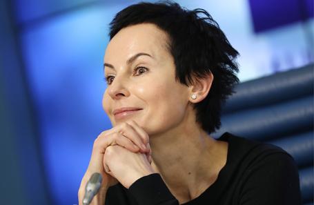 Ирина Апексимова.