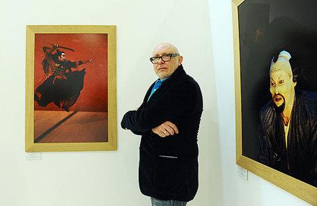 Умер издатель, поэт ителеведущий Александр Шаталов