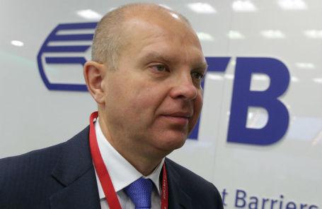 Первый заместитель президента — председателя правления банка ВТБ Юрий Соловьев.