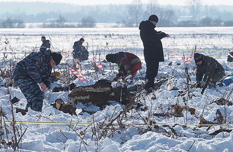На месте крушения самолета Ан-148 в Подмосковье.