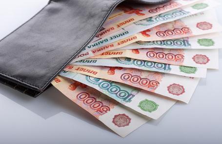 Настоящие доходы граждан России снизились на50 процентов