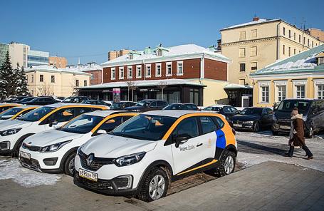 Машины оператора каршеринга «Яндекс.Драйв».