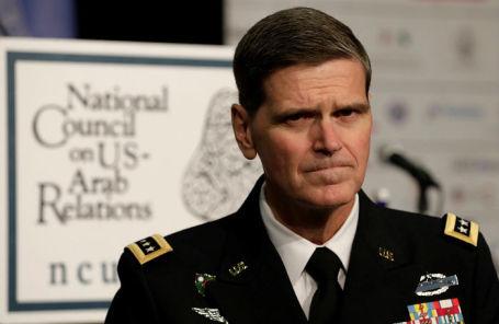 Генерал Джозеф Вотел.