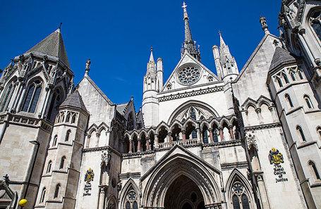 Здание, где располагается Высокий суд Лондона.