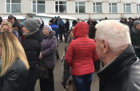Пострадавшие у больницы в Волоколамске.