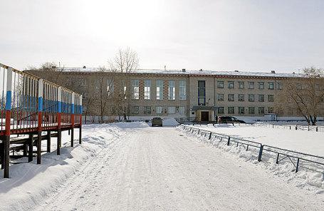 Школа №15 города Шадринска, где одна из учениц открыла стрельбу из пневматического пистолета, 21 марта 2018.
