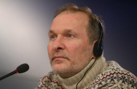 Втеатре поведали осостоянии Федора Добронравова