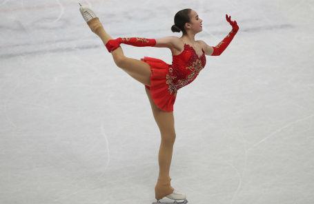 Российская фигуристка Алина Загитова во время выступления в произвольной программе женского одиночного катания на чемпионате мира по фигурному катанию.