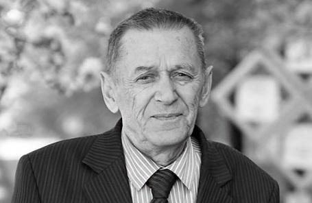 Виктор Калашников.