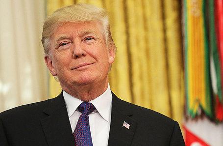 Картер призвал Трампа отказаться отвойны иядерных бомб
