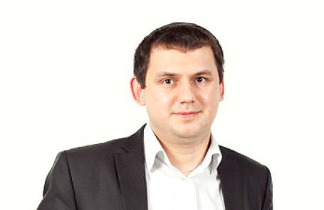 Элвис Марламов.