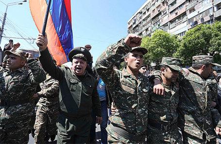 Акция протеста в Ереване, Армения, 23 апреля 2018.