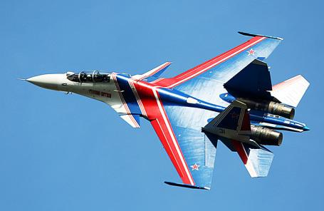 Многоцелевой истребитель Су-30СМ.