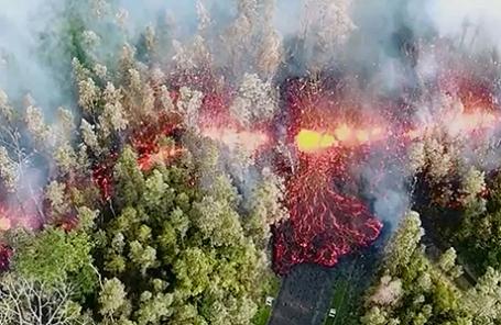 Извержение вулкана Килауэа на Гавайях.