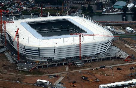 Вид на строительство  стадиона «Арена Балтика» в Калининграде.