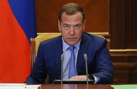 Медведев представил Путину состав нового руководства  РФ