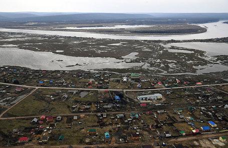 Вид сверху на один из населенных пунктов в Амгинском районе Якутии.