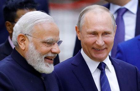 Премьер-министр Индии Нарендра Моди и президент России Владимир Путин (слева направо).