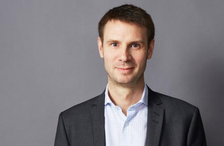 Оливер Хьюз, председатель правления Тинькофф Банка