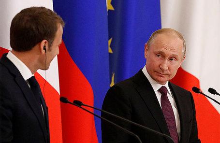 Владимир Путин и Эммануэль Макрон.