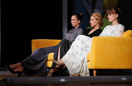 Показ спектакля «Три сестры» в постановке Константина Богомолова в МХТ им. А. П. Чехова.