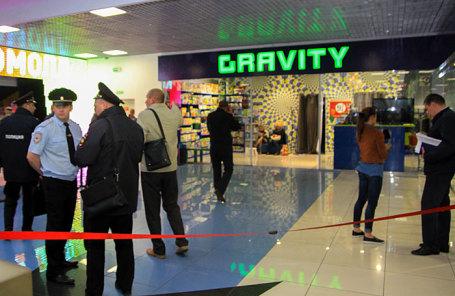 Оперативно-следственные действия в торговом центре «Комсомолл» в Иркутске.