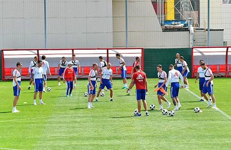 Тренировка сборной России по футболу.