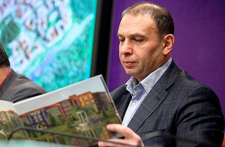 Александр Долгин.