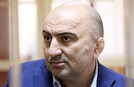 Магомед Хизриев.