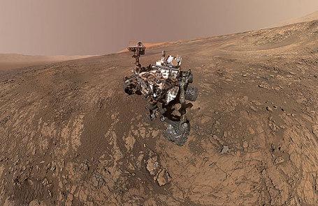 Зонд Curiosity на Марсе.