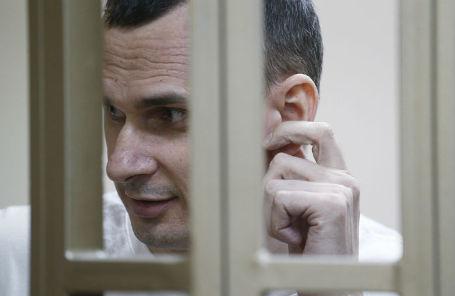 Олег Сенцов во время оглашения приговора в Северо-Кавказском окружном военном суде, 2015 год.