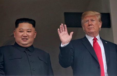 Лидер Северной Кореи Ким Чен Ын и президент США Дональд Трамп в Сингапуре.