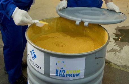 Урановый концентрат, произведенный на предприятии «Казатомпрома».