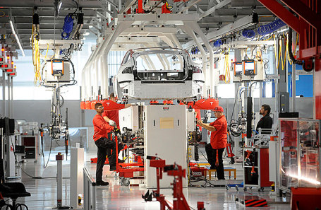 Маск уволит 9% служащих  Tesla
