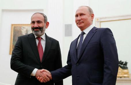 Премьер-министр Армении Никол Пашинян и президент РФ Владимир Путин.