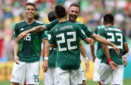 Игроки сборной Мексики в матче против сборной Германии в «Лужниках», 17 июня 2018 года.