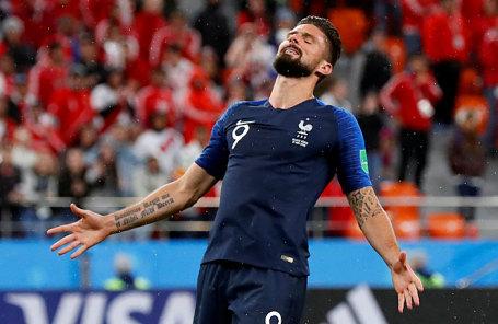 Игрок сборной Франции Оливье Жиру во время матча между сборными Франции и Перу.