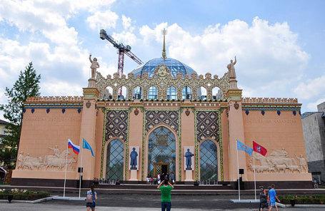 Павильон «Казахстан» на ВДНХ после завершения реставрационных работ.
