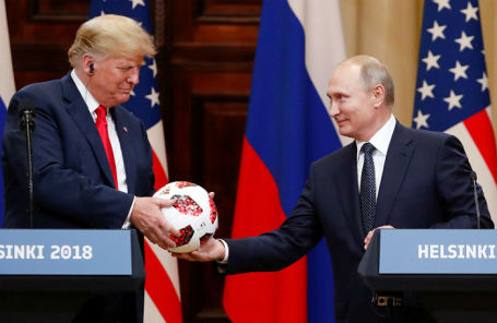 Президент США Дональд Трамп и президент России Владимир Путин на совместной пресс-конференции в Хельсинки, 16 июля 2018 года.
