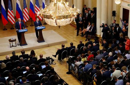 На совместной пресс-конференции Владимира Путина и Дональда Трампа в Хельсинки, 16 июля 2018 года.