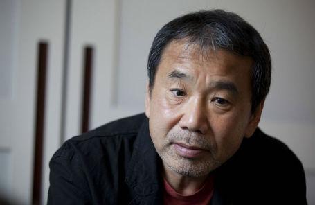 Японский писатель Харуки Мураками.
