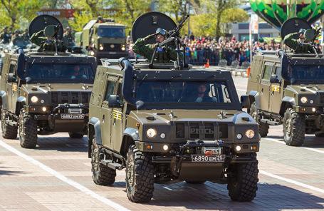 Военные бронированные автомобили «Рысь».