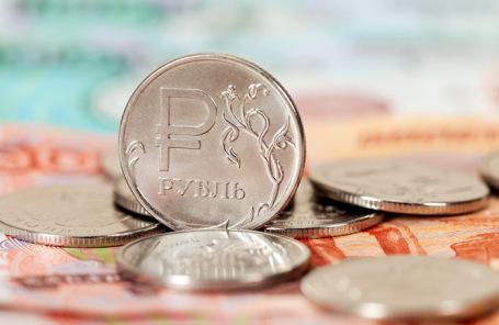 Специалисты предрекли падение «справедливого курса» рубля на12-17%
