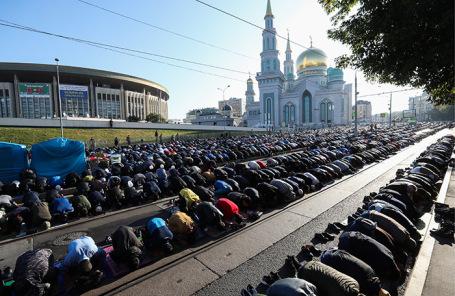 Празднование Курбан-байрама в Москве.