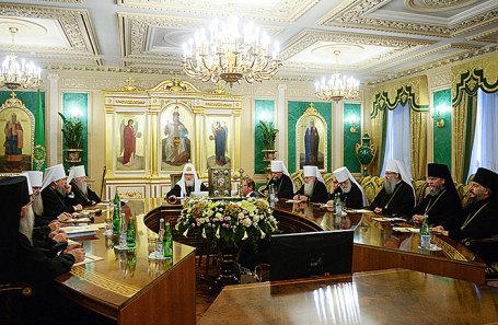 Внеочередное заседание Священного синода РПЦ в Москве.