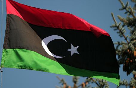 Флаг над посольством Ливии в Москве.