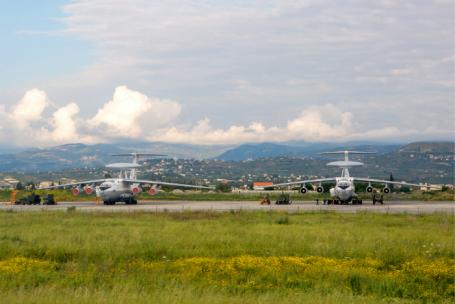 Российская авиабаза Хмеймим в Сирии.