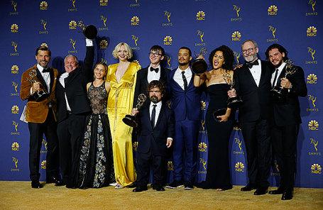 Съемочная группа сериала на церемонии вручения премии «Эмми».
