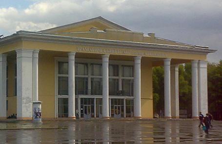 Сызранский драматический театр имени А. Н. Толстого.
